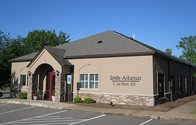 contact dentist office in little rock ar